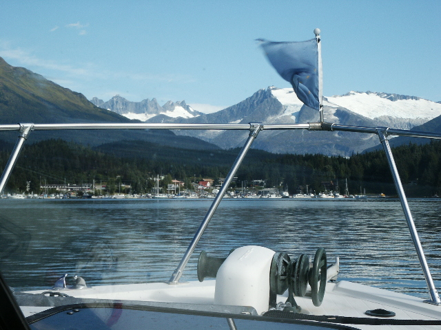 Photo and fishing tour in Juneau Alaska with Rum Runner Charters